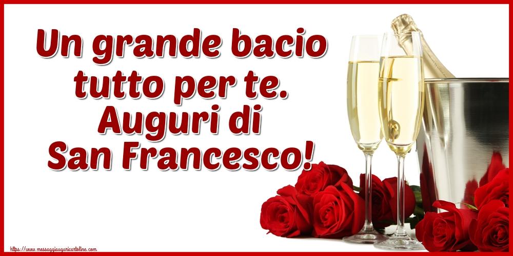 Cartoline di San Francesco - Un grande bacio tutto per te. Auguri di San Francesco!